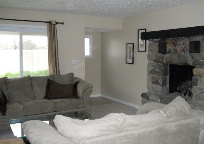 Pines Cottage living room with gas fireplace